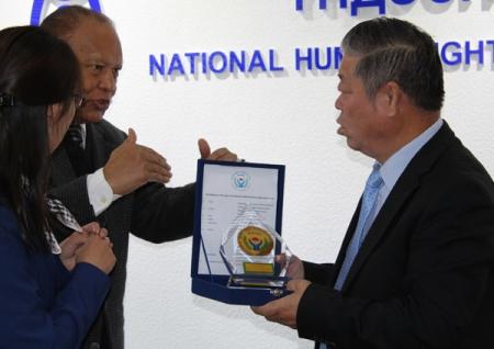 Мянмар Улсын ХЭҮК-ын төлөөлөгчид Монгол Улсад айлчилж, Монгол Улсын Хүний эрхийн Үндэсний Комиссын үйл ажиллагаатай танилцлаа. 2014.09.15-17